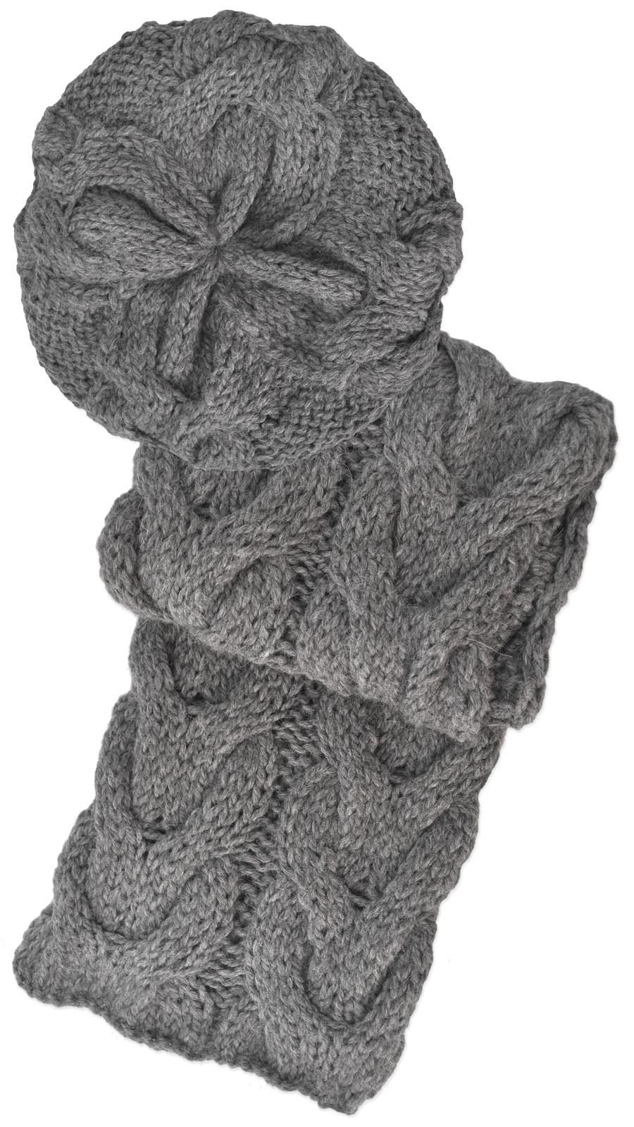 ... gorra y bufanda tejidas a mano - Lana Pura de Alpaca. Gris claro.  Loading zoom 3c3e5827038